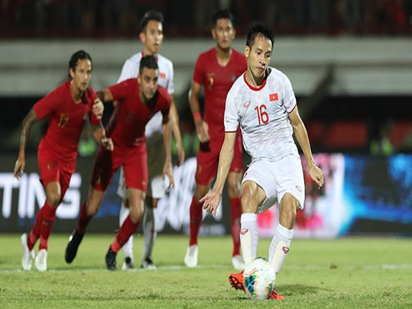 Bóng đá VN 19/6: Hùng Dũng nỗ lực trở lại đội tuyển quốc gia