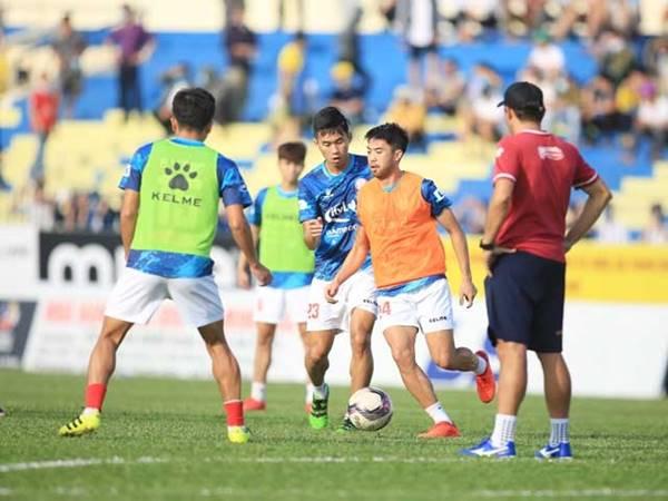 Bóng đá Việt Nam 14/7: Các đội bóng ở TP HCM gặp nhiều khó khăn