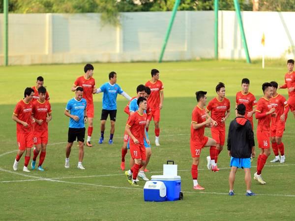 Bóng đá Việt Nam hôm nay: Đình Trọng trở lại tập luyện
