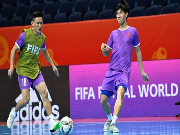 Bóng đá VN 22/9: Futsal Việt Nam thoải mái tâm lý trước trận gặp Nga